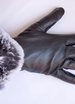 Женские кожаные перчатки сенсорные, на меху.
