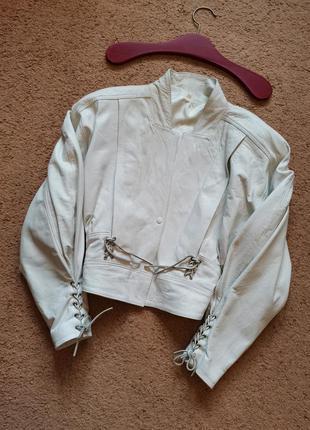 Винтаж натуральная кожа белая куртка кожанка с подплечниками  ...