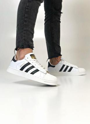 Крутые женские кроссовки adidas superstar белые