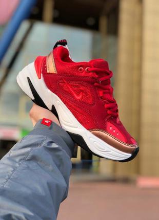 Крутые женские кроссовки nike m2k tekno красные