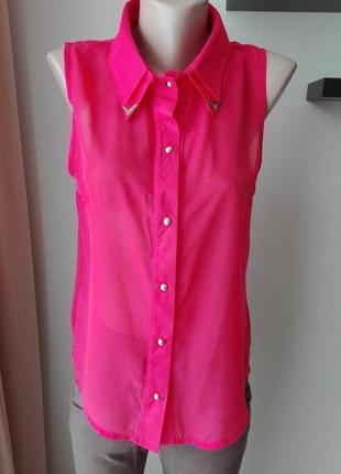 Яркая шифоновая блуза, спинка удлиненная