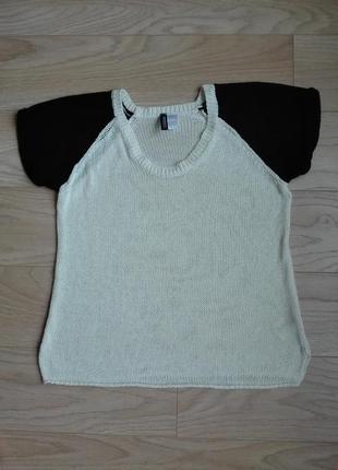 Оригинальная вязанная футболка с черными рукавами