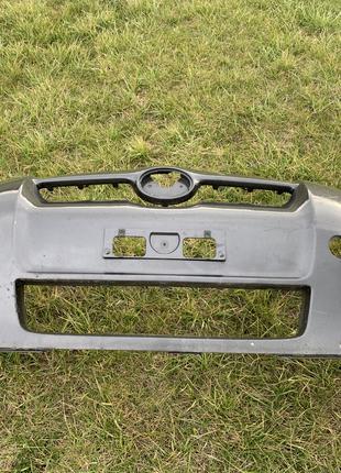 Бампер передний Toyota auris