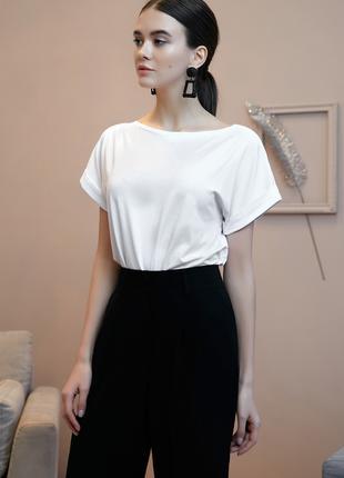 Блуза белая из вискозы