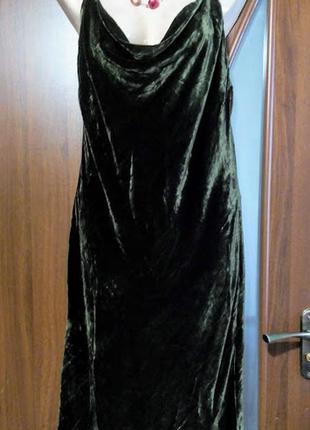Бархатное велюровое зеленое вечернее платье с перекрестными бр...