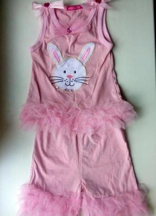 Розовый костюм комплект набор с зайчиком майка и шорты топ шта...