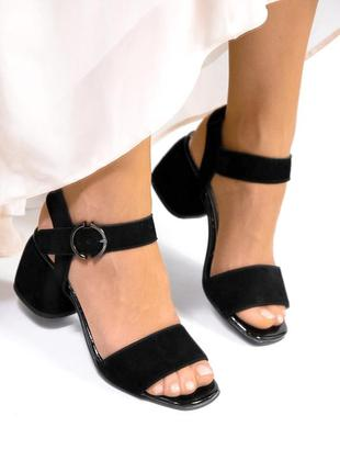 Замшевые босоножки на устойчивом каблуке натуральная замша