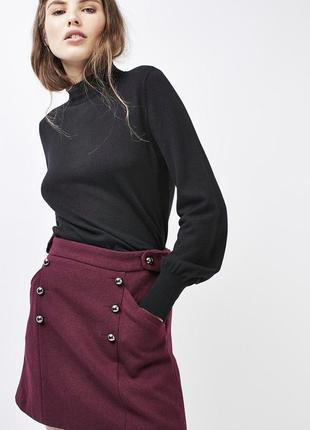 Шерстяная теплая короткая мини юбка бордо с пуговицами кармана...
