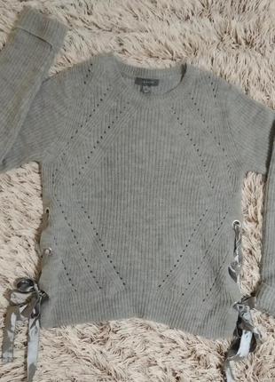 #розвантажуюсь новый серый свитер с люверсами бантиками разрез...
