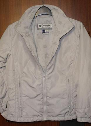 Куртка светлая columbia подстежка