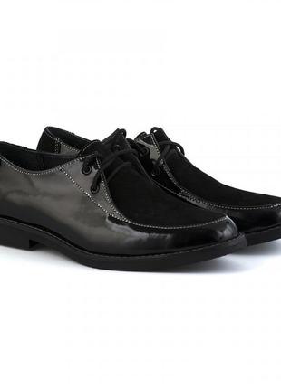 Кожаные лаковые замшевые женские черные туфли на шнурках натур...