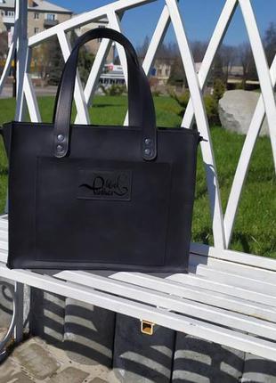 Женская сумка из натуральной черной кожи