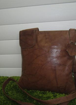 Кожаная сумка американского бренда GIGI