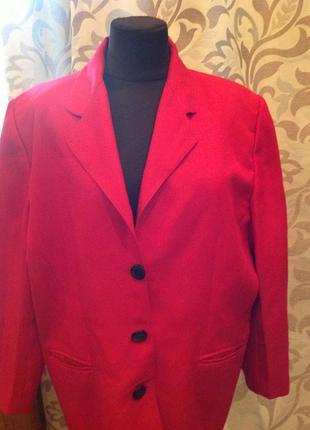 Пиджак очень большого размера 58-60, бренда definitions
