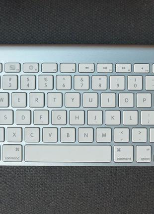 Беспроводная клавиатура Apple A1314 как Новая
