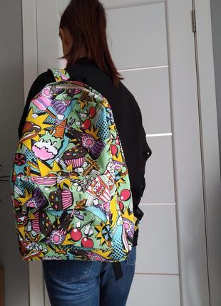 Яркий холщовый рюкзак с мультяшным принтом. три расцветки. все...