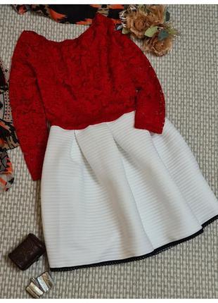 Кружевное короткое платье/пышная юбка