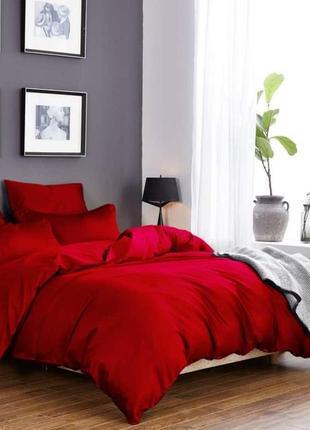 Комплект сатинового постельного белья красного цвета, все разм...