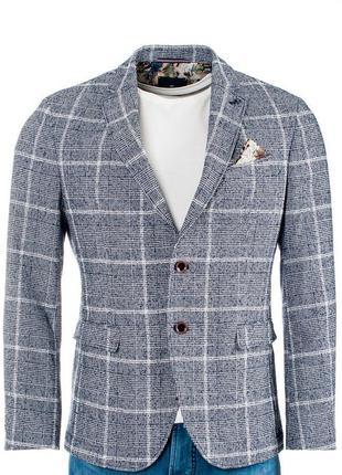 Клетчатый пиджак pierre cardin в стиле casual