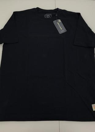 Мужская темно-синяя однотонная футболка от pierre cardin