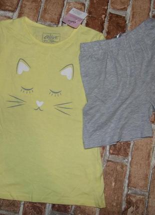 Набор футболка и шорты котон 8лет новый