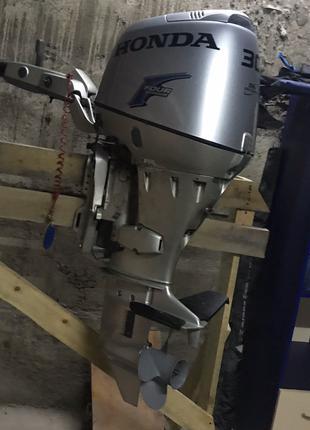 Лодочний мотор Honda