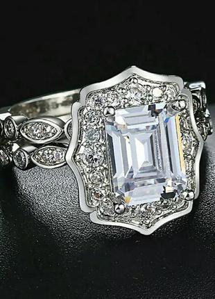 Двойное кольцо с камнем, размер 17 кубический цирконий покрыти...