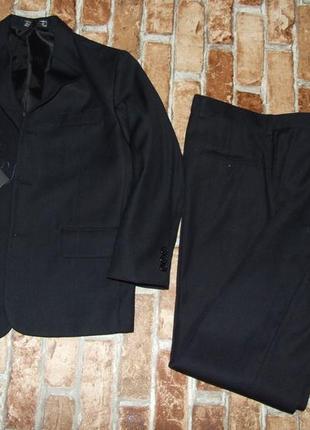 Новый костюм тройка класика 10лет 140 см