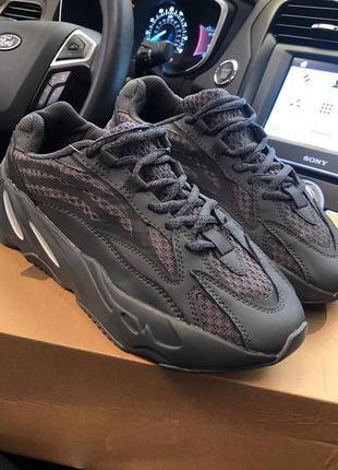 Adidas 700 yeezy boost black