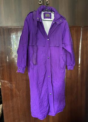 Фиолетовый длинный тёплый плащ на синтепоне мягкий, лёгкий