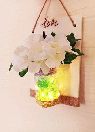 Настенная подвеска. Искусственные цветы с подсветкой. Декор