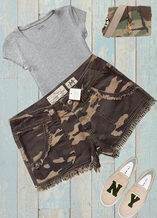 Милые  шортики в стиле милитари бренд - abercrombie and fitch