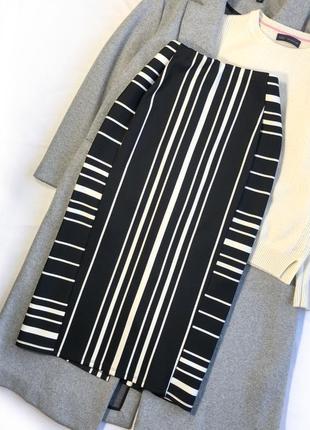 Стильная бандажная юбка