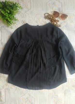 Классическая блуза черная с кружевом