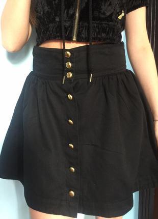 Хлопковая юбка на пуговицах. высокая талия