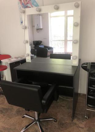 Мебель для салона красоты,школы,студии