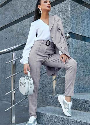 Роскошные брюки с завышенной талией лён