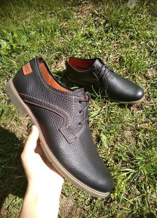 Кожаные чёрные туфли 44 размер