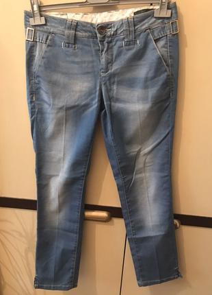 Капри джинсовые Benetton предлагаем цену