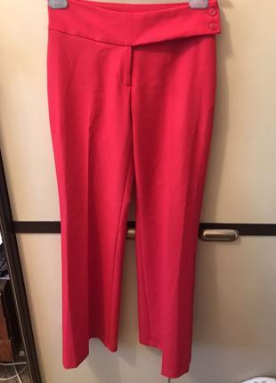 Стильные брюки бенеттон
