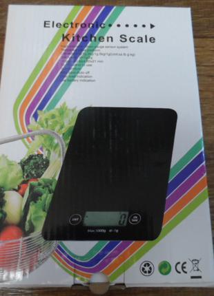 Электронные кухонные весы стеклянные, до 5 кг.