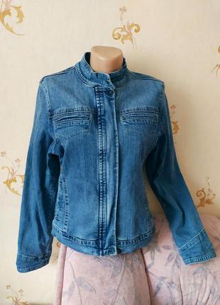 Джинсовая женская куртка, пиджак