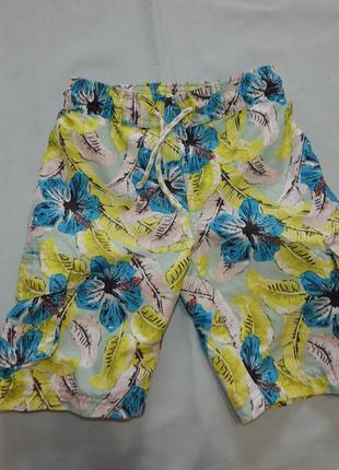 Шорты модные пляжные на мальчика  3-4 года
