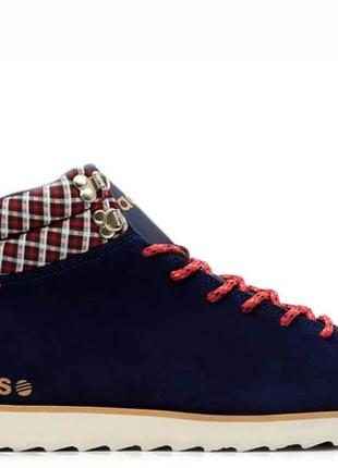 Кроссовки adidas  44