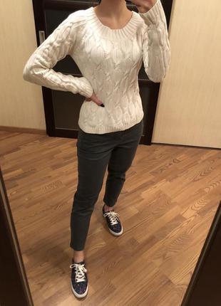 Тёплый белый свитер, S