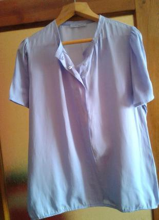 Нарядная блузка нежно голубого цвета