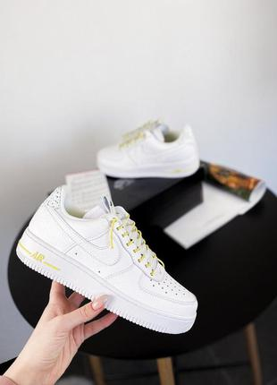 Кроссовки nike air force 1 lux white/chrome yellow