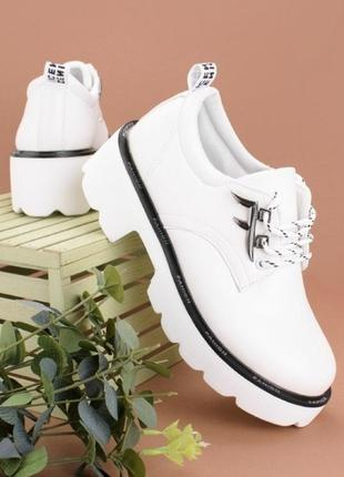 Туфли женские эко кожа. есть чёрные.