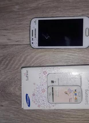 Телефон Samsung Galaxy S Duos (S7562)