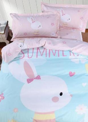 Яркий комплект постельного белья для девочки-подростка с больш...